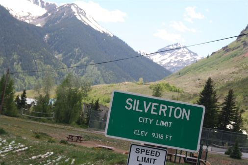 Around-Silverton-Mtn_19[1]